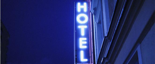 Inglês - Compreensão de Texto At the hotel